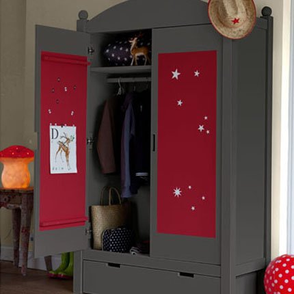 nos astuces pour customiser votre armoire. Black Bedroom Furniture Sets. Home Design Ideas