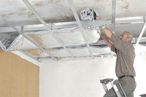 Co t de la pose d un faux plafond suspendu for Pose de faux plafond suspendu